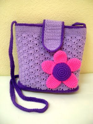 Crochet Sling Bag Pattern : ... the flower would be nice on a bag. Thanks Kak Zaza for the suggestion
