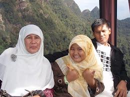 Mak, Alma, dan aku