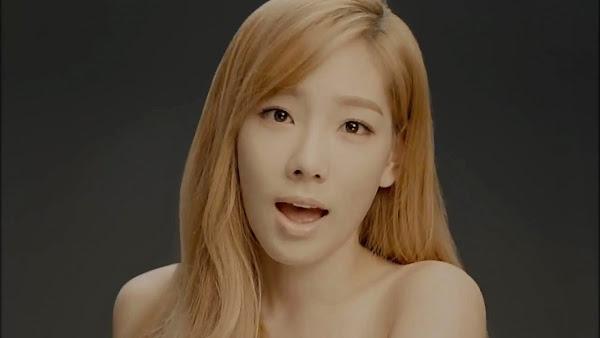 SNSD Taeyeon Divine