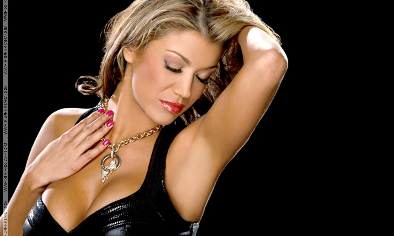 image Wwe diva rosa mendes ass exposed on live tv