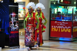 Tarian tradisional di Mall Ciputra Semarang
