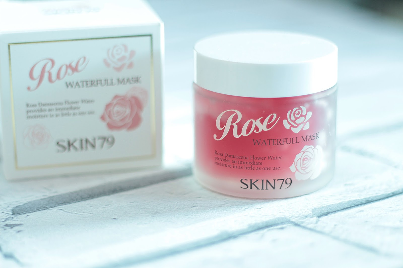 skin79 rose waterful mask product shot