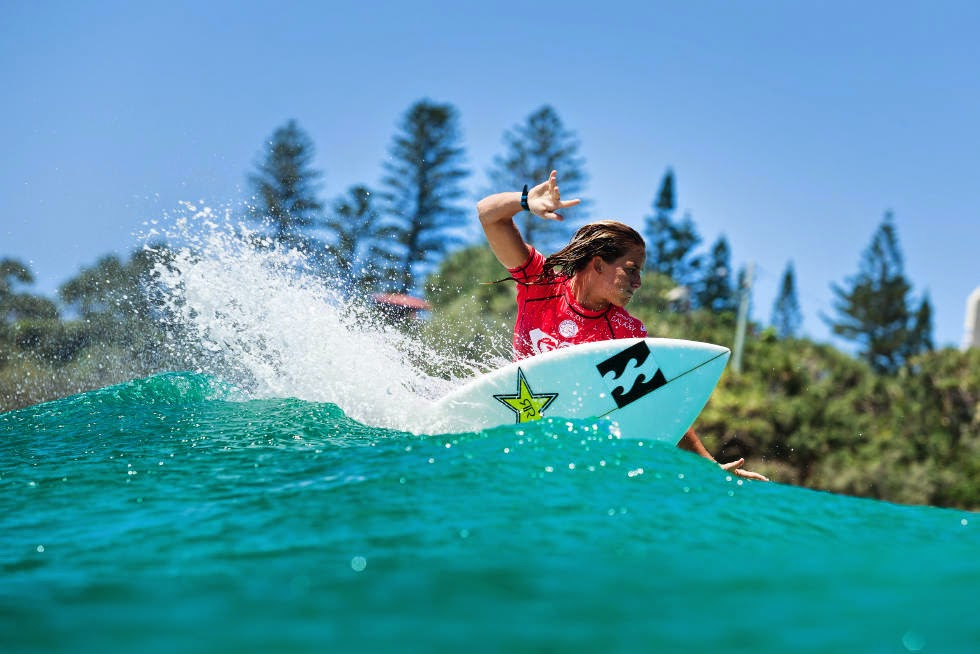 55 Roxy Pro Gold Coast 2015 Courtney Conlogue Foto WSL Kelly Cestari