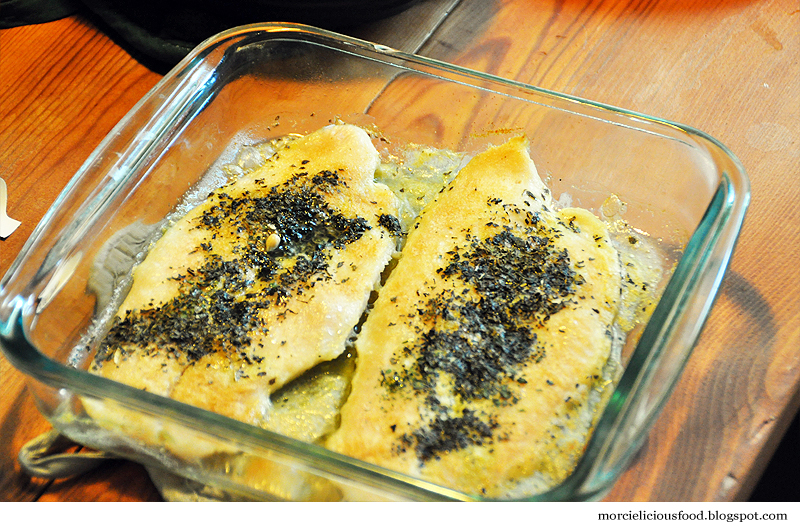 Baked fish with olive oil and spices for Baked fish seasoning