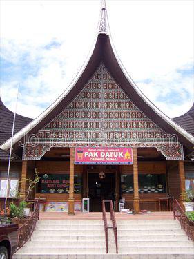 Rumah Makan Pak Datuk di Padang Panjang