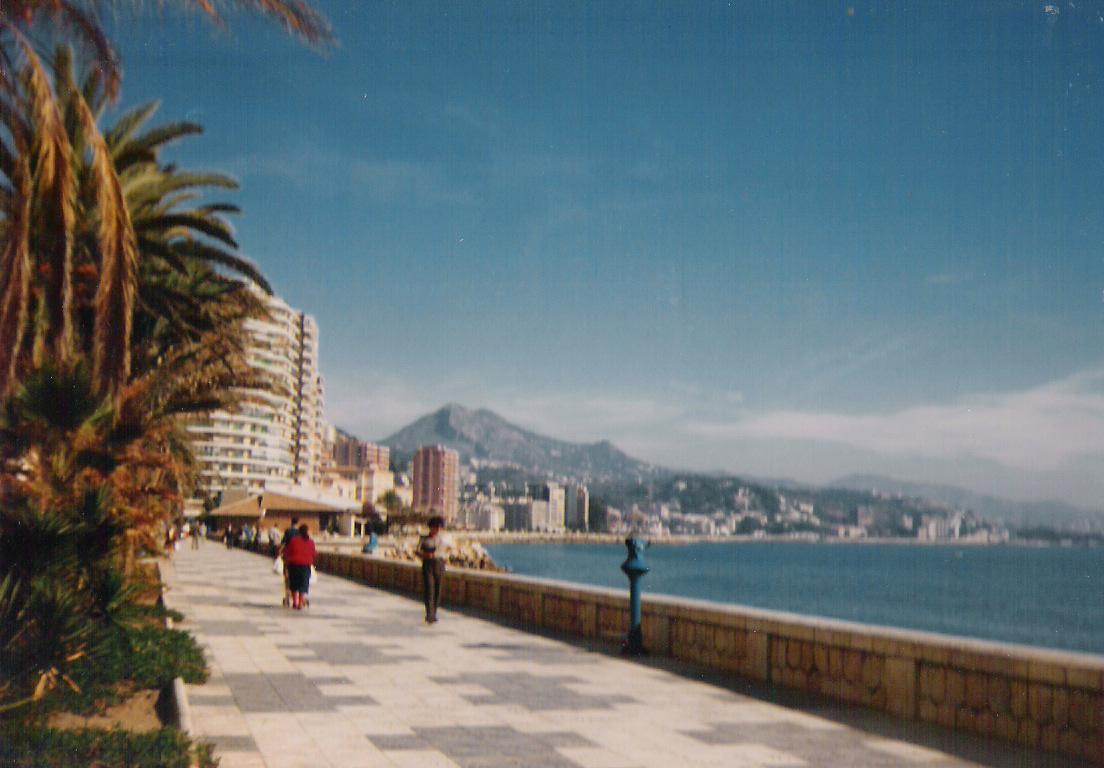 Yo me lo guiso europa 1987 sigue la aventura for Contactos chicas malaga