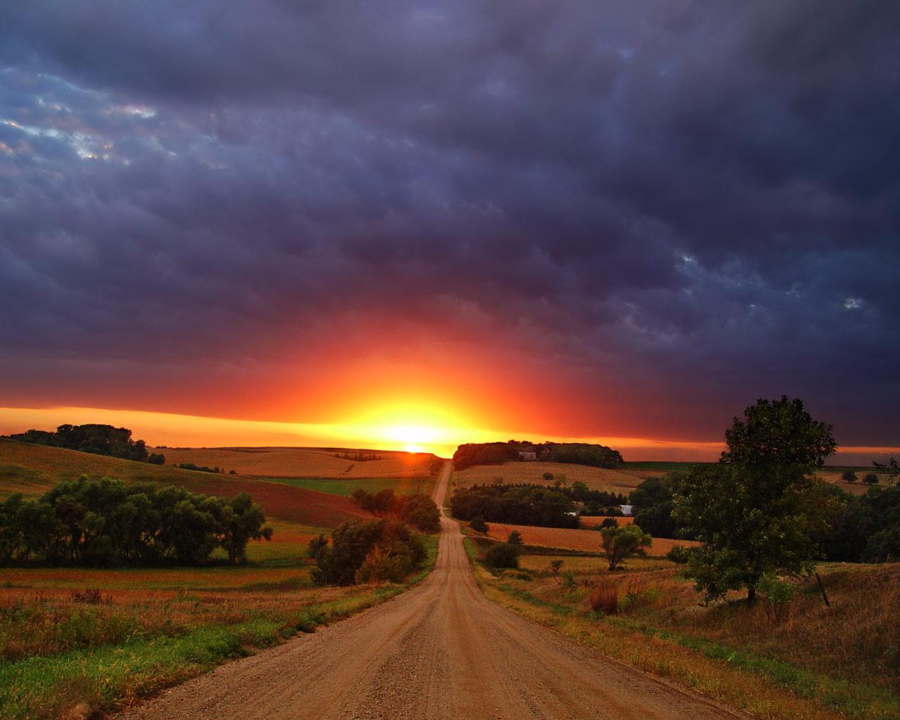 http://4.bp.blogspot.com/-svHcDhmDkVc/UCWriA3IsLI/AAAAAAAAAyQ/sjqV2Dm4YTQ/s1600/Beautiful+Sunset+Wallpapers+HD+4.jpg