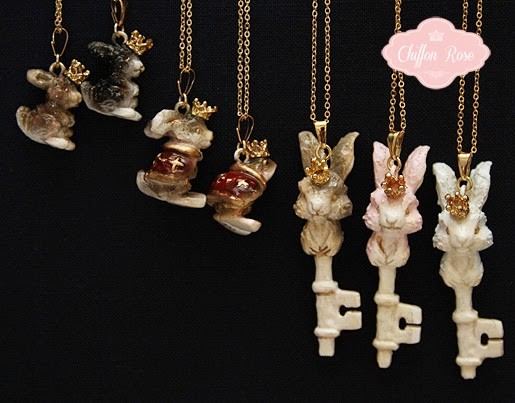 Tokimeki teikoku no momoiro Gabriel lolita otome fashion accessories pendants rabbits available at chiffon rose shop