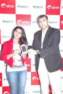 Sneha_At+Airtel_Iphone_4s_Launch+%2813%29.jpg