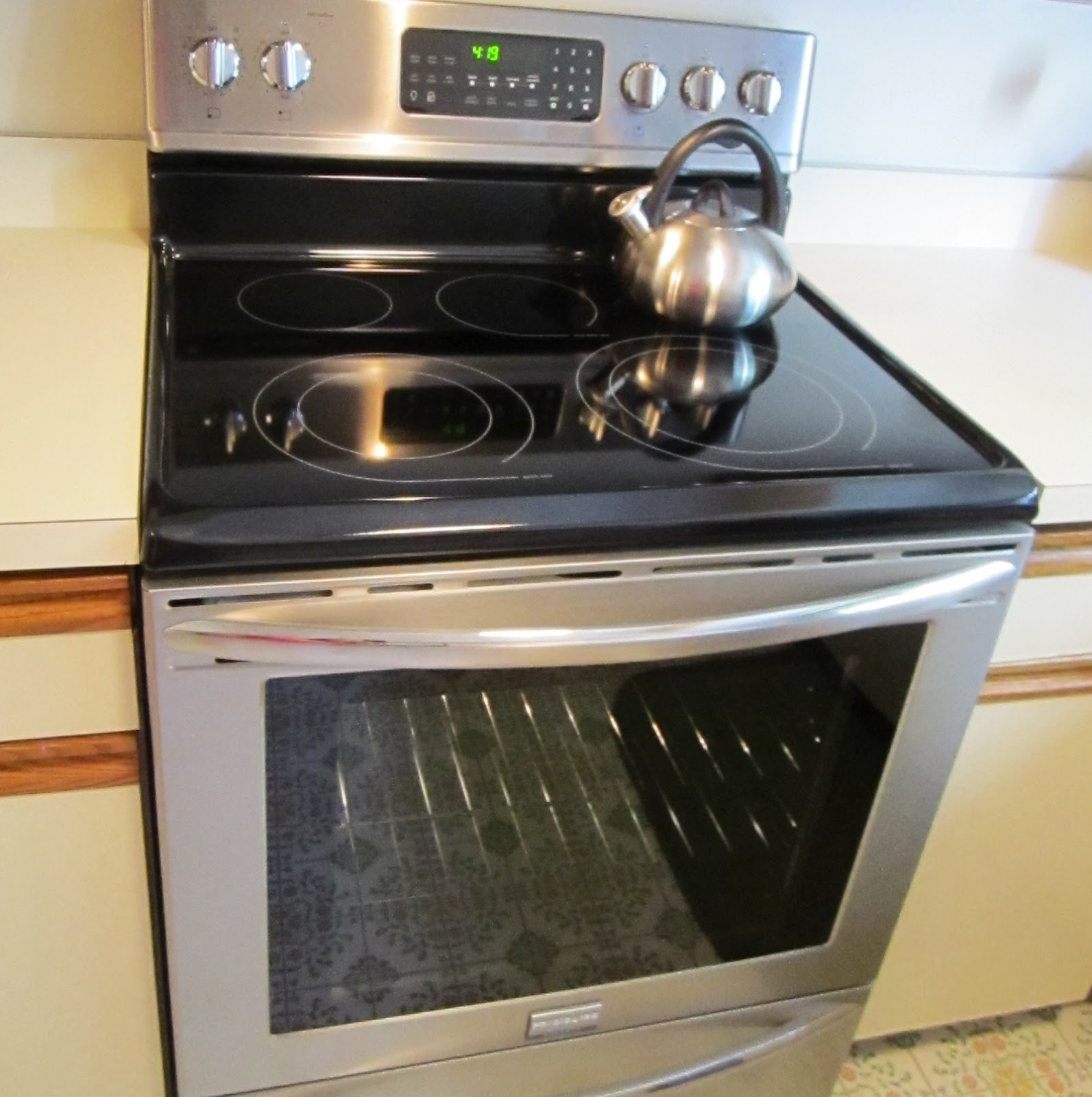 exciting cook stoves at lowes. It s a convection oven  which cooks food about 30 faster and at 25 degrees cooler has fan on the inside that circulates hot air We Have New Oven Food Marriage
