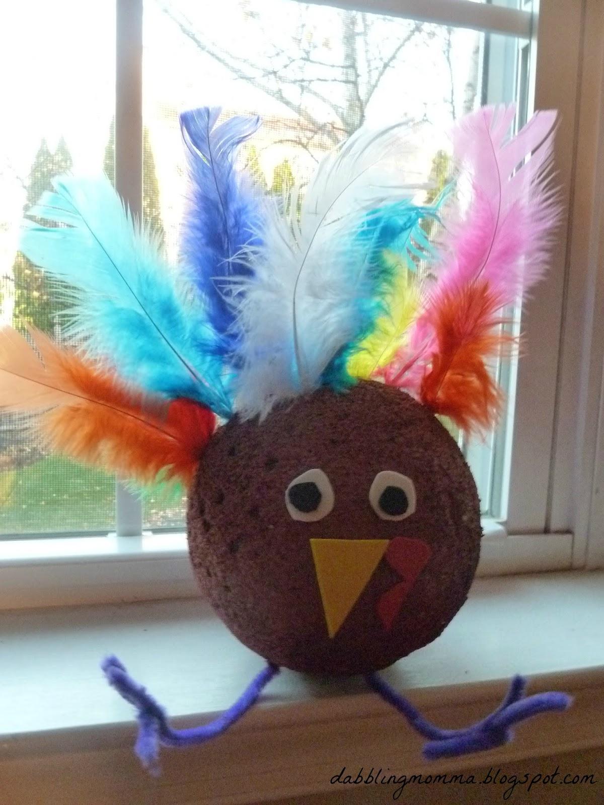 Dabblingmomma styrofoam turkey craft for Crafts with styrofoam balls for kids