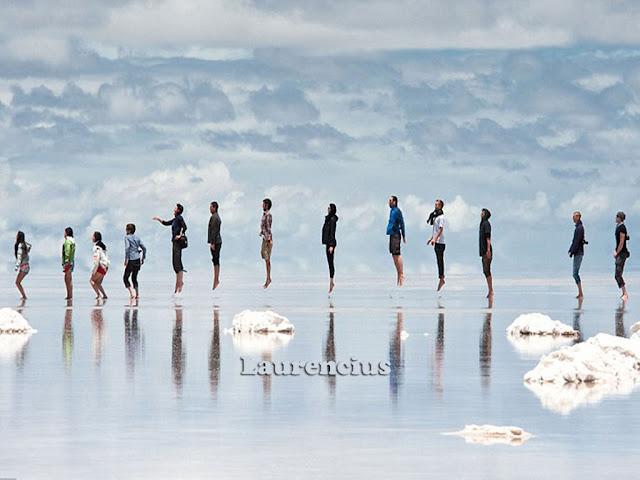 Foto-Salar-de-Uyuni-Cermin-Alam-Terbesar-Bolivia_13