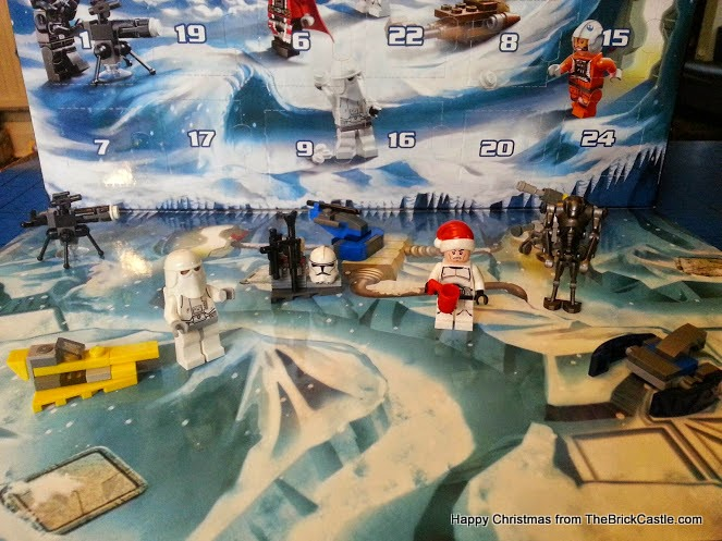 The LEGO Star Wars Advent Calendar Day 9 ship with backdrop scenery