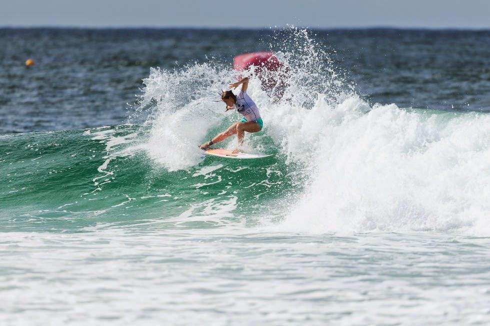 50 Roxy Pro Gold Coast 2015 Courtney Conlogue Foto WSL Kelly Cestari