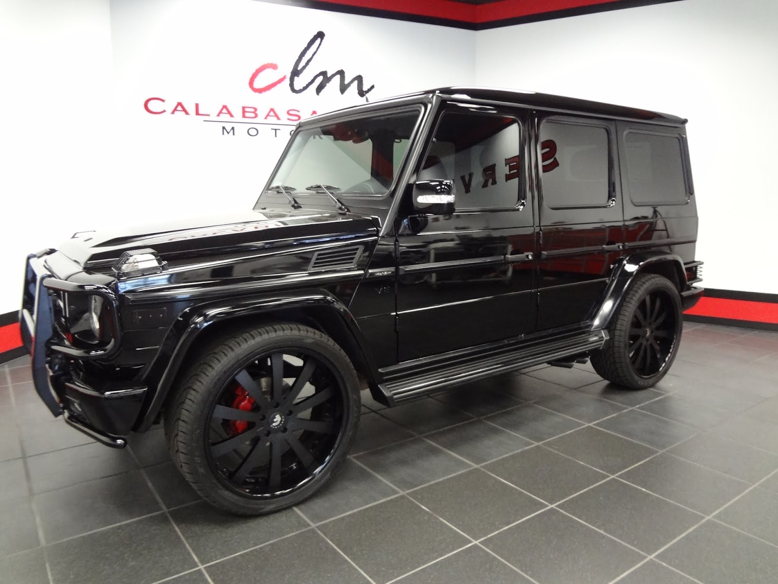 do you want to buy scott disick 39 s g wagon doing donuts with bernie. Black Bedroom Furniture Sets. Home Design Ideas