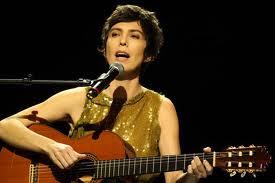 Adriana Calcanhotto na trilha sonora de Saramandaia