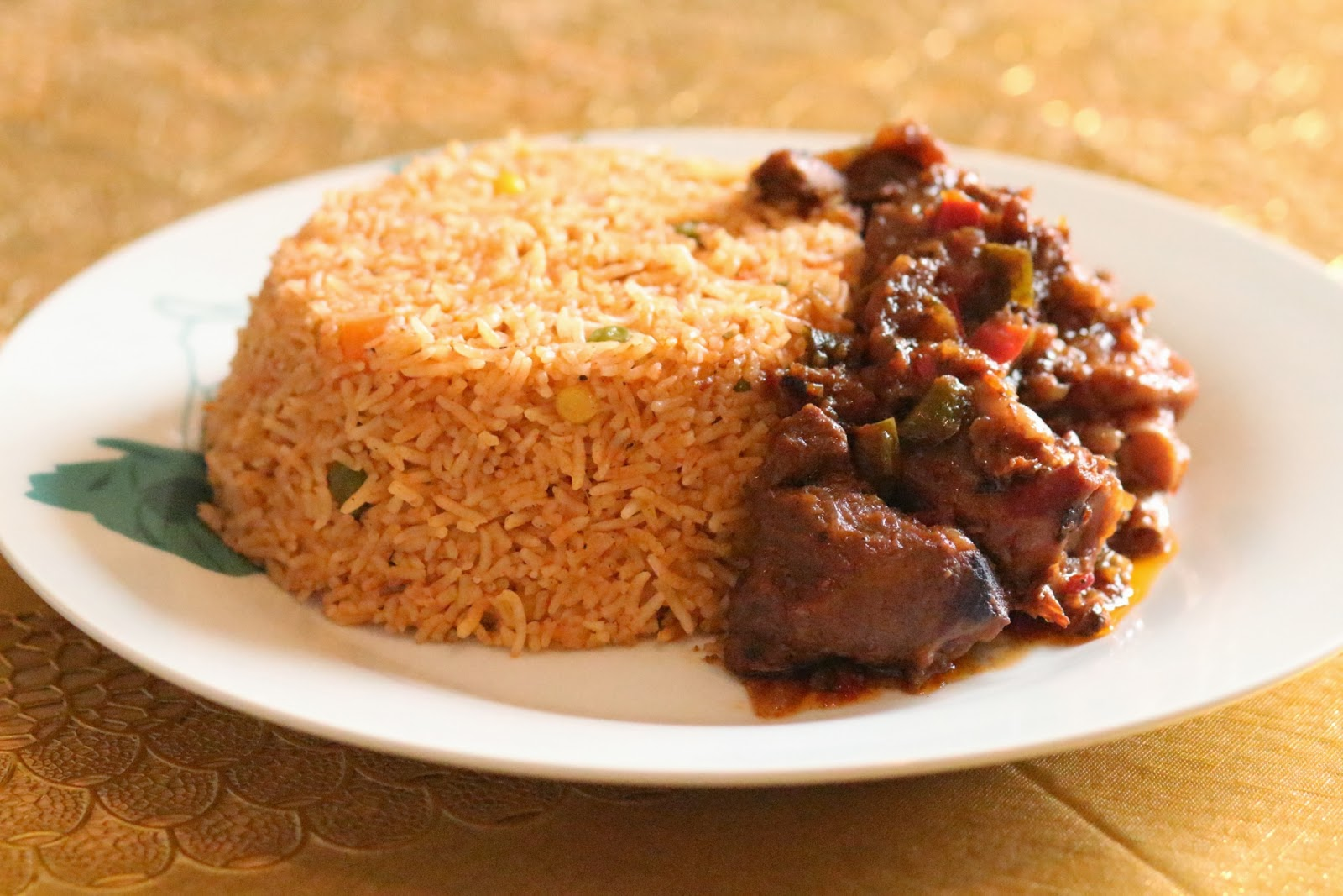 ... Corner: Mouth Watering Jollof rice with succulent chicken stew