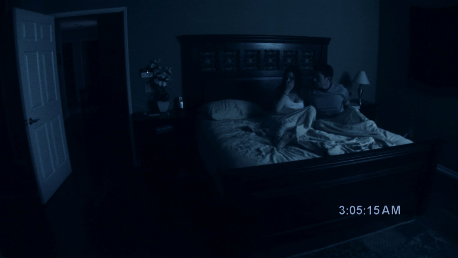 Arise therefore paranormal activity for Chambre qui fait peur