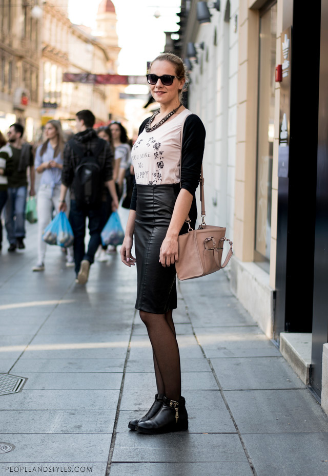 ankle boots and leather pencil skirt, skirt outfit with ankle boots