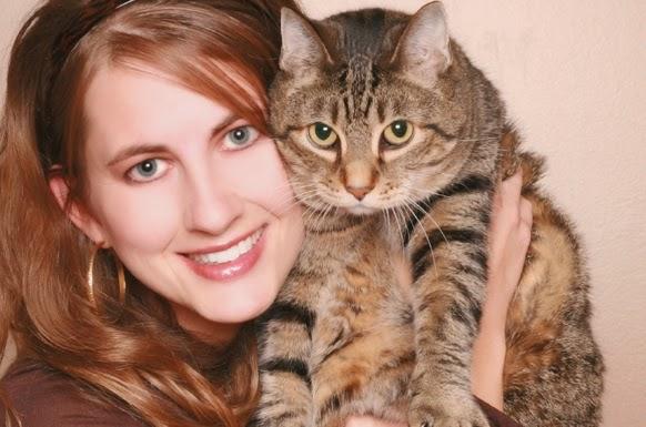 merawat kesehatan kucing