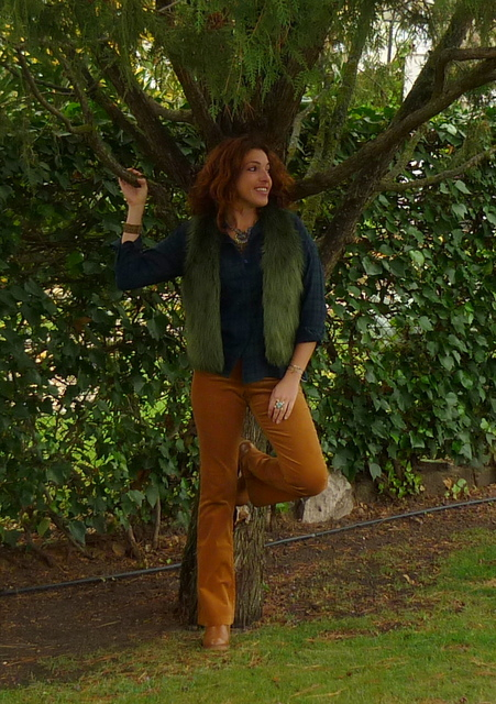 Pantalones pana mostaza
