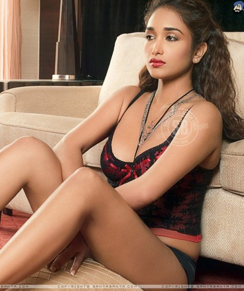 jiah khan hot cleavage