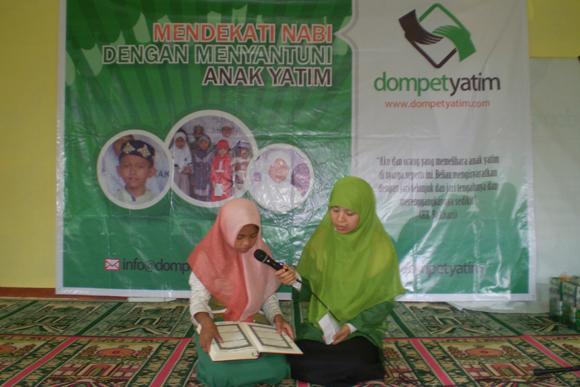 Tilawah Al-Qur'an di acara santunan Dompet Yatim