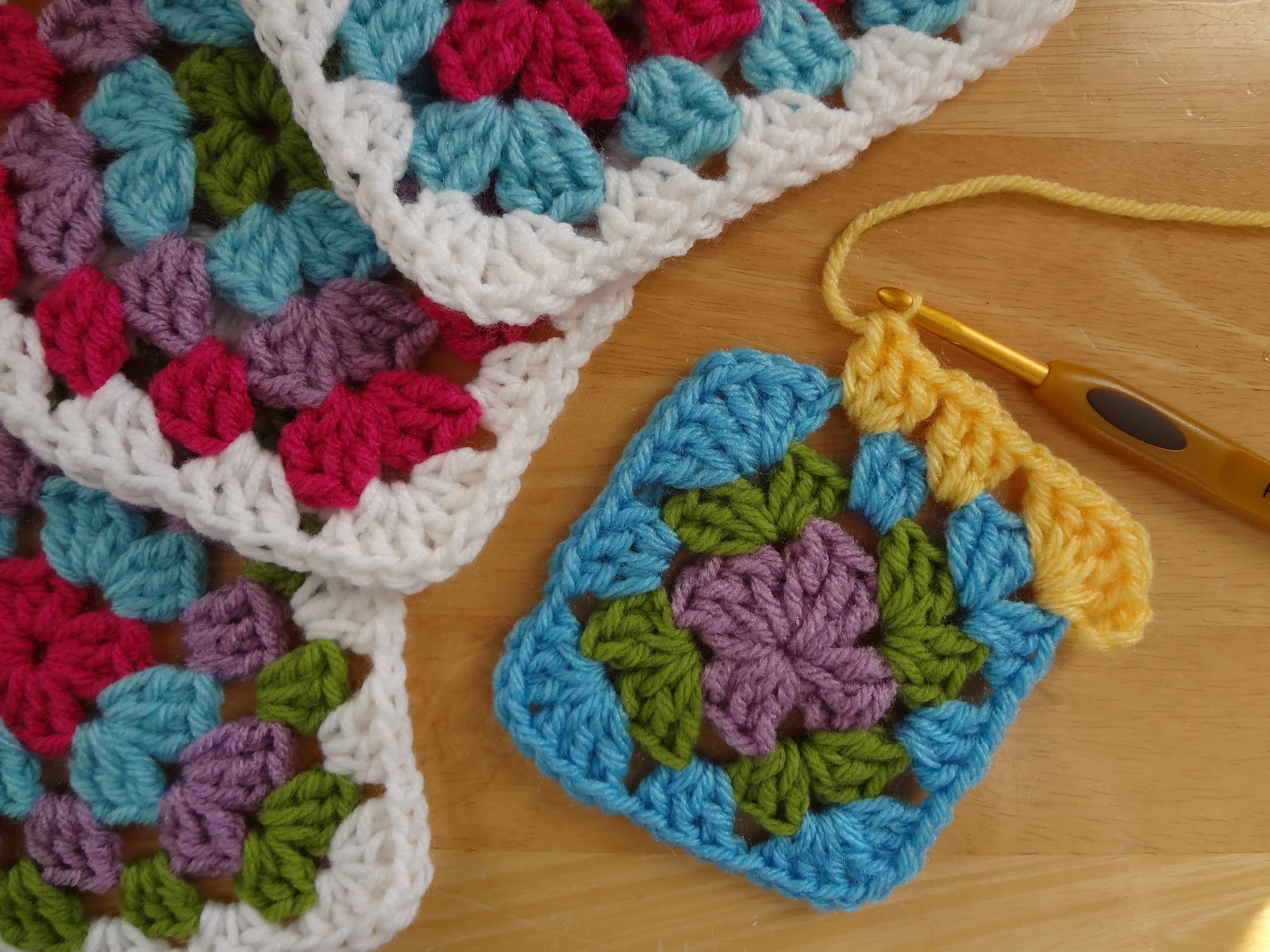 Crochet Granny Square Dishcloth Pattern : Fiber Flux: Free Crochet Pattern...Granny Berry Dishcloths!