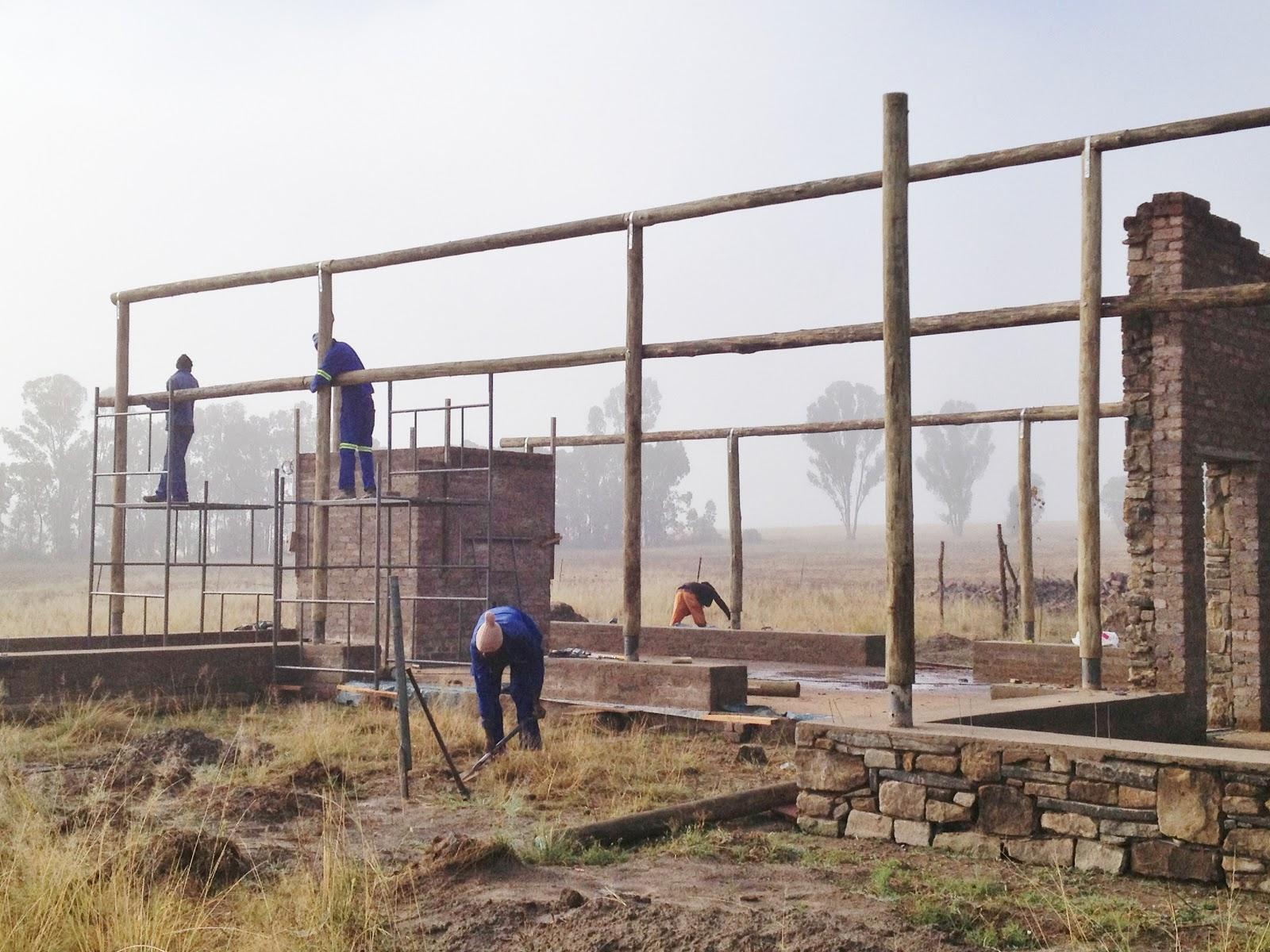 Deneys Farm : Diary of a Straw Bale Building Project