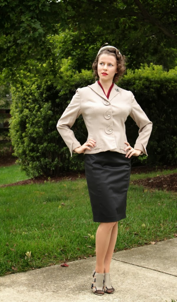 Mixing Modern & Vintage in Suit Wear #vintage #fashion #modern #style #1940s
