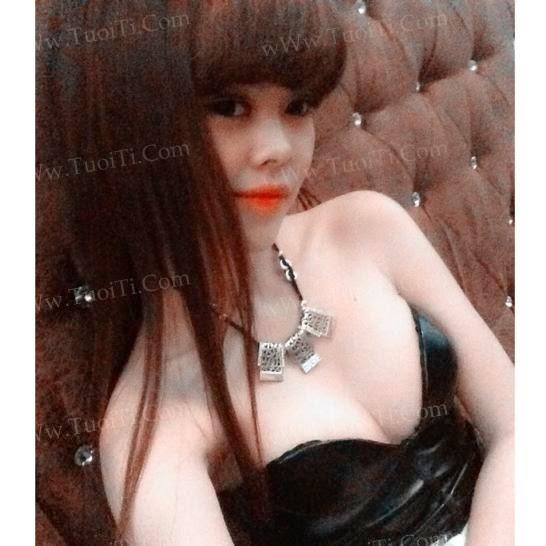 Ảnh gái xinh Yuni Trang trẻ nhưng siêu dâm 5