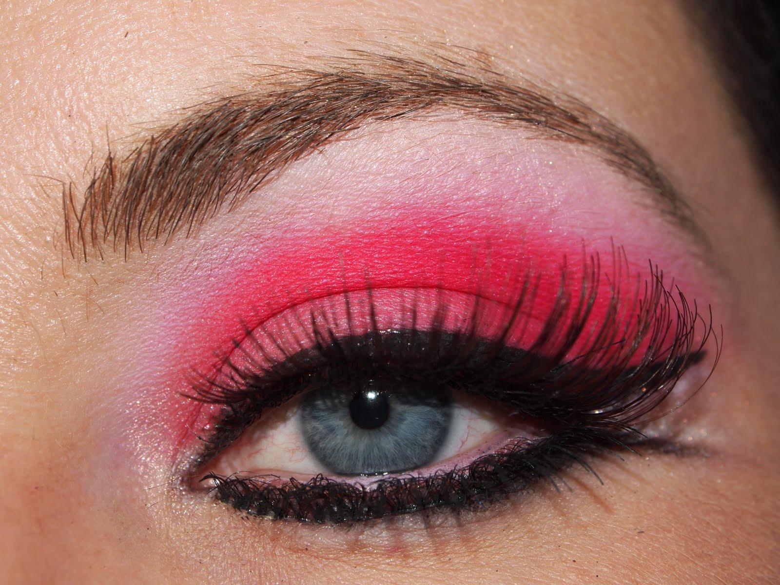 PEI Makeup Artist Pink Eye Makeup!