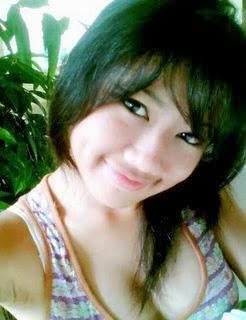Gadis Asia Pamer Toket Pic 2 of 35