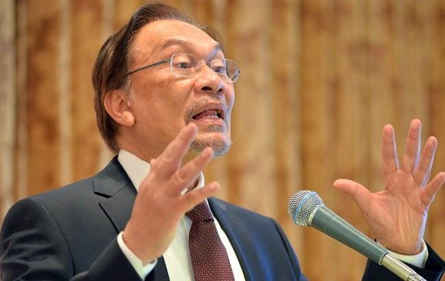 """Anwar """"jijik"""" Dengan Tindakan Kaitkan Kapten Zaharie Dengan Motif Politik"""
