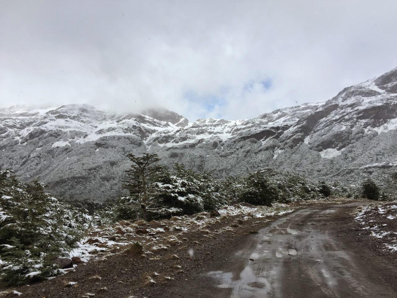Ushuaia 4x4 Offroad tour - die Anden Überquerung auf einer alten Passstrasse