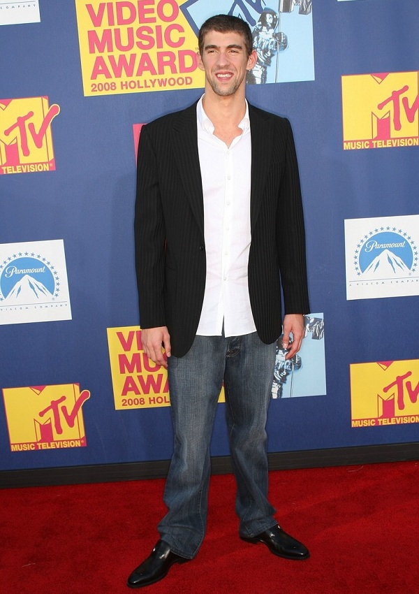 celebrity heights how tall are celebrities heights of celebrities how tall is michael phelps. Black Bedroom Furniture Sets. Home Design Ideas
