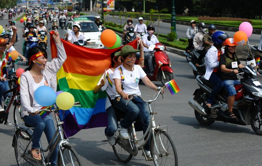 Passeata mobilizou vietnamitas neste domingo (Foto: Hoang Dinh Nam/AFP)
