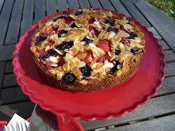 berry bakewell cake