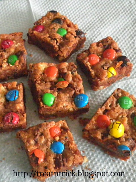 M&M Cookies Slices