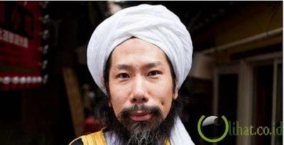 Taki Takazawa, mantan tukang tato Yakuza jadi imam masjid di Jepang