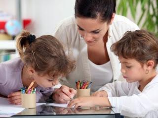 peran orang tua dalam mengajar
