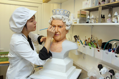 Michelle Wibowo making Queen Diamond Jubilee Cake