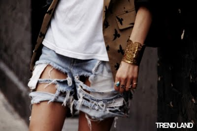 ripped_jeans