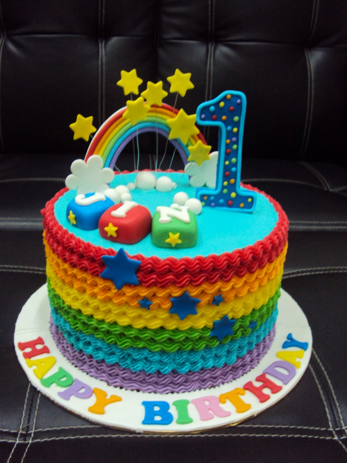 Birthday Cake Ideas Rainbow : L mis Cakes & Cupcakes Ipoh Contact : 012-5991233 ...