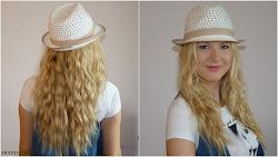 Fale z kapeluszem - zdjęcie