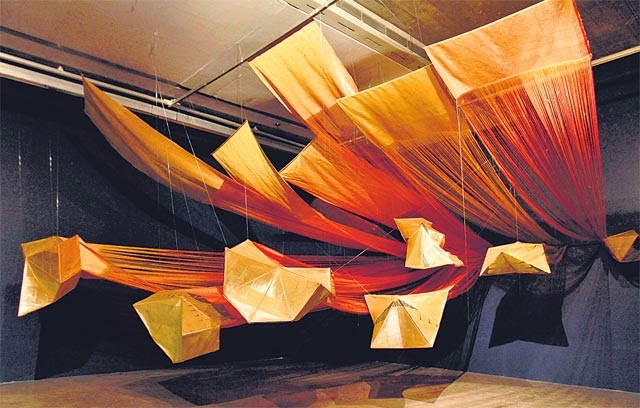 An artistic show for contemporary Indian textiles at Devi Art Foundation | Playing with dimensions