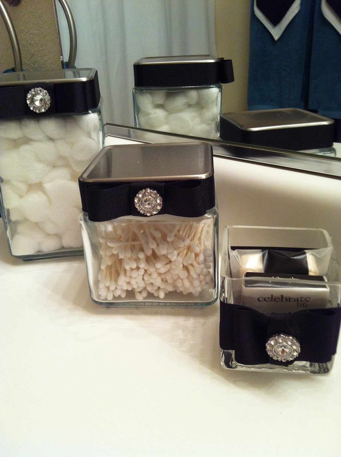 Buttons bows bling glam it up for Black bling bathroom accessories