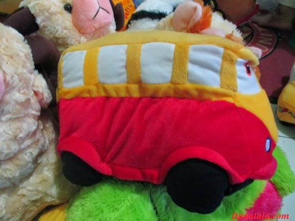 Gambar Boneka Bus