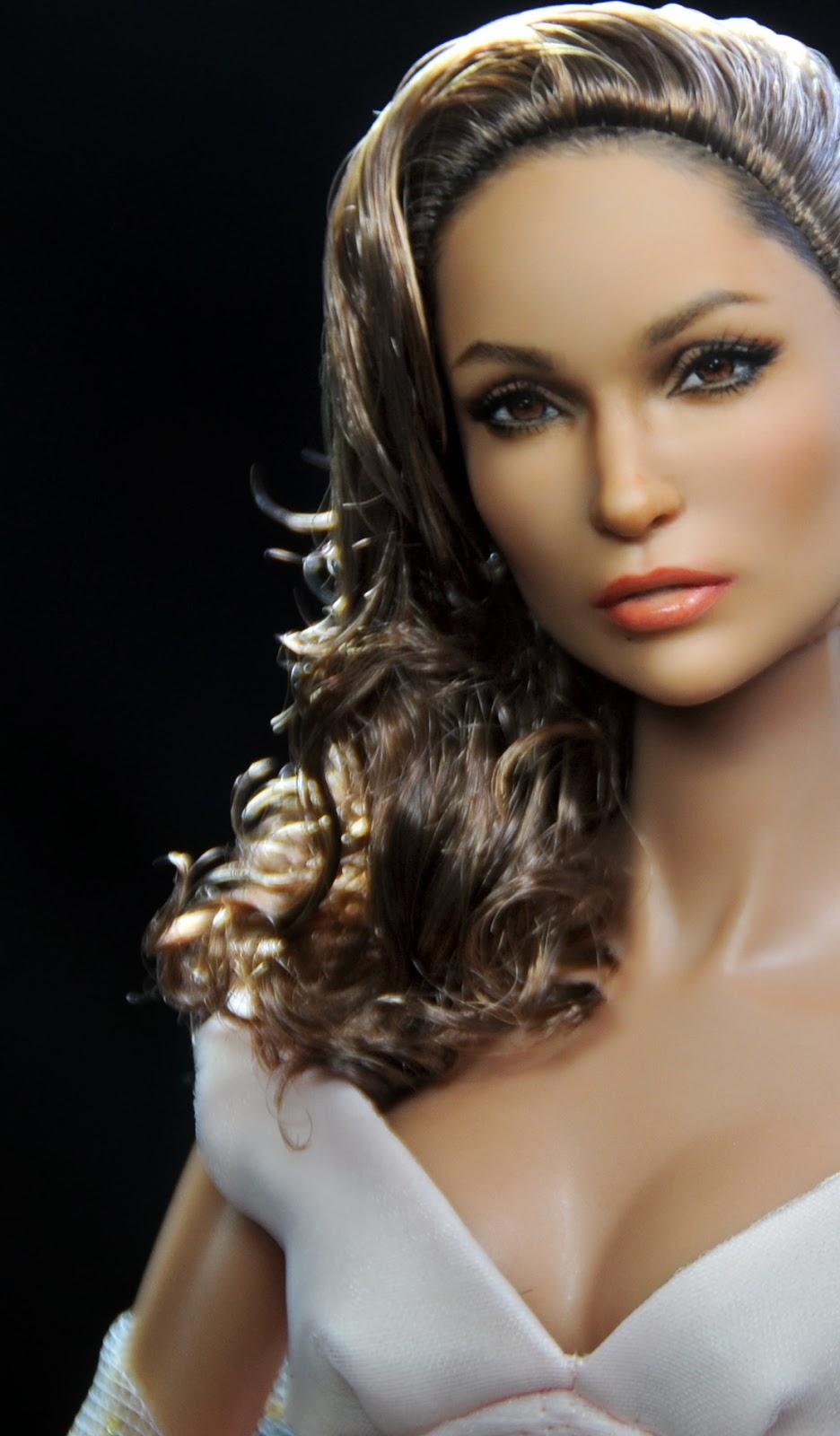 Jennifer Lopez Repainted By Artist Noel Cruz
