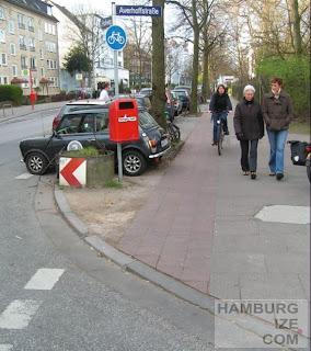 """Radweg"" Hofweg / Averhoffstraße"